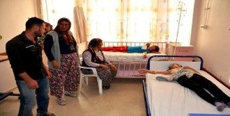 Sarıgöl'de 20 Öğrenci Zehirlendi