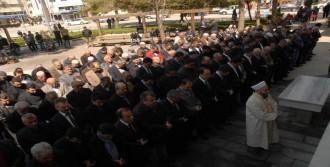 Savcı Kiraz İçin Denizli'de Gıyabi Cenaze Namazı