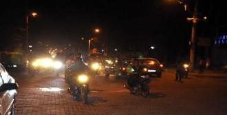 Şehit Polis İçin Sokaklara Döküldüler