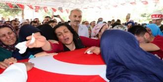 Şehit Uzman Onbaşı Ferhat Gözen Son Yolculuğuna Uğurlandı
