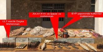 Şemdinli'de Pkk Sığınakları İmha Edildi