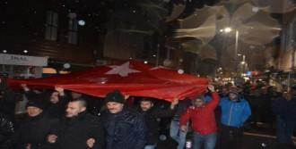 Şile'de 'Teröre Lanet' Yürüyüşü...