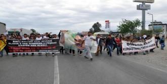 Silopi'de 'hendek' Protestosu