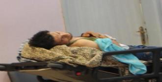 Suriyeli Genç Elini Kesti
