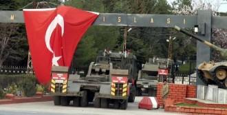 Askeri TIR'lar Sınırdan Döndü