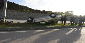 Sinop'ta Otomobil Takla Attı