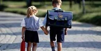 Sırt Çantaları Çocuğunuzun Sağlığını Bozmasın