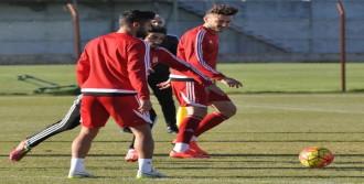 Sivasspor-Okan Buruk: 'Beşiktaş Karşısına Kazanmaya Çıkacağız'
