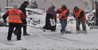 Sivas'ta 783 Köy Yolu Ulaşıma Kapandı