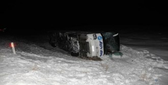 Sivas'ta Kaza: 33 Yaralı