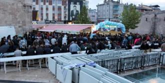 İftar Çadırı Mültecileri Sevindirdi