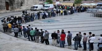 Sivas'ta İftar Çadırına Yoğun İlgi
