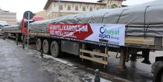 Türkmenlere 4 TIR Yardım Gönderildi