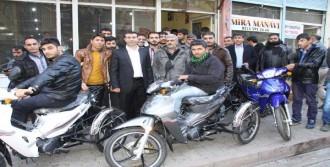 Siverek Belediyesi'nden 15 Engelliye Motosiklet