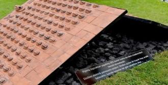 Soma'da Ölenlerin Anısına Pişmiş Topraktan 301 Baret
