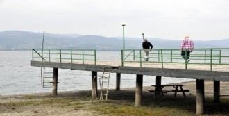 Son Yagışlar Sapanca Gölü'nü Etkilemedi