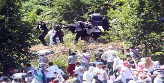 Srebrenitsa'da Başbakan'a Saldırı