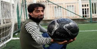 Suriyeli Gol Kralına Müjde