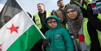Suriye'ye İnsani Yardımlar Devam Ediyor