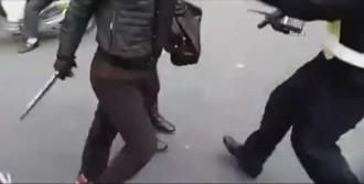 Sürücü Polisi Bıçakla Kovaladı