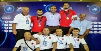 Dünya Şampiyonu Taha Akgül!