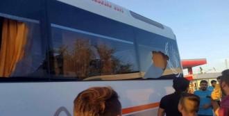 Takım Otobüsüne Taşlı Saldırıda 5 Futbolcu Yaralandı
