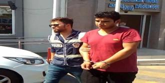 Taksicinin Parasını Gasp Edeni Polis Yakaladı