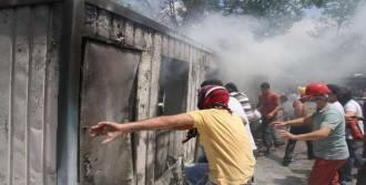 Taksim Gezi Parkı'ndan Dumanlar Yükseldi