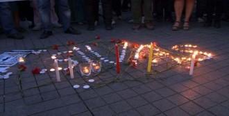 Taksim'de 'Madımak' Anması