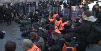 Taksim'deki Eyleme Polis Müdahalesi