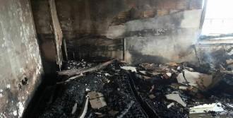 Tarsus'ta Apartmanda Yangın Paniği
