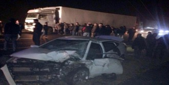 Mardin'de 2 Otomobil Çarpıştı!
