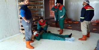 Çatı Çöktü: 4 İşçi Yaralandı