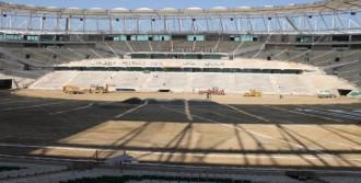 Timsah Arena'nın Dranajı İçin Kepçe Vuruldu