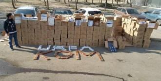 Tır'dan 101 Bin 390 Paket Kaçak Sigara Çıktı
