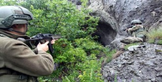 Jandarma Ekipleri Kırsalı Tarıyor