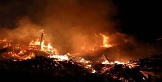 Tosya'da Korkutan Köy Yangını