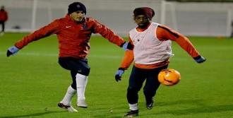 Trabzonspor'da Mbia Antrenmana Çıktı