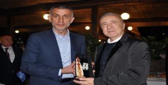 Galatasaray'a Dostluk Yemeği