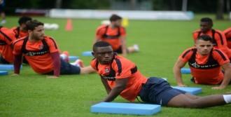 Trabzonsporlu Waris, Lorient Yolcusu