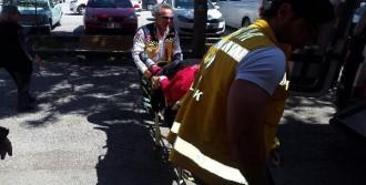 Trafik Kazasında Yaralanan Kadın, Oyunu Kullanmaya Ambulansla Getirildi