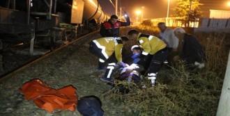 Trenin Çarptığı Yaşlı Adam Yaralandı