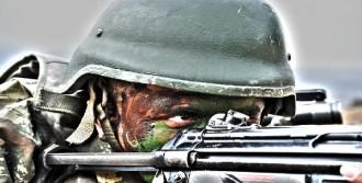 TSK'nın Paylaştığı 'Asker' Fotoğrafı