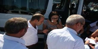 Turist Minibüsü Kaza Yaptı: 7 Yaralı