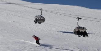 Denize En Yakın Kayak Merkezi Açıldı
