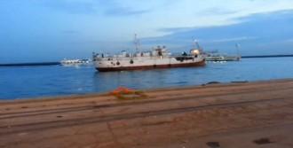 Gemide Binlerce Silah Ele Geçirildi