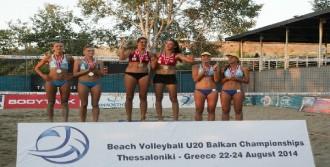 Plaj Voleybolu'nda Şampiyonluk