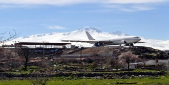 'Uçak Restoran' Gün Sayıyor