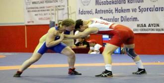 Uluslararası Şampiyonlar Güreş Turnuvası Tamamlandı