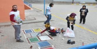 Üniversiteliler, Köy Okullarını Yeniliyor
